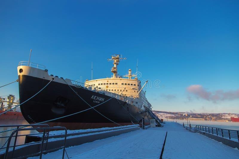 Pierwszy atomowy wspomagany energią jądrową icebreaker Lenin obrazy stock