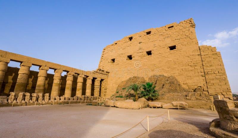 Pierwszy pilon Karnak świątynia fotografia stock