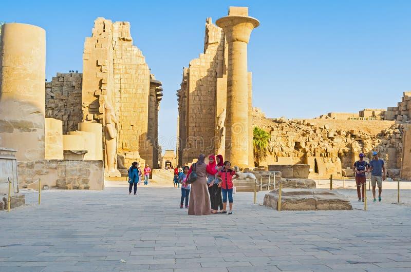 Pierwszy podwórze Karnak świątynia obrazy royalty free
