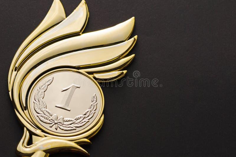 Pierwszy umieszczający zwycięzcy mistrzostwa złota trofeum obraz stock