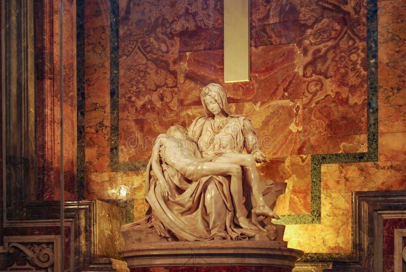 Pieta, a basílica de St Peter, Cidade do Vaticano, Itália fotografia de stock