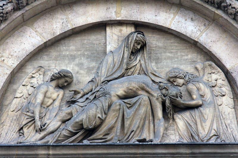 Pieta, St. Elizabeth von Ungarn-Kirche, Paris lizenzfreie stockfotografie