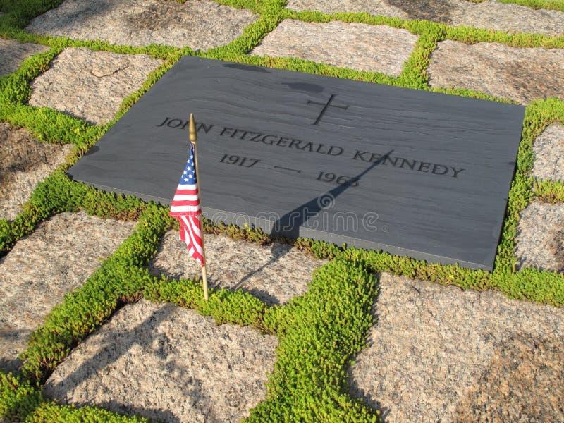 Pietra della tomba del John F. Kennedy fotografie stock