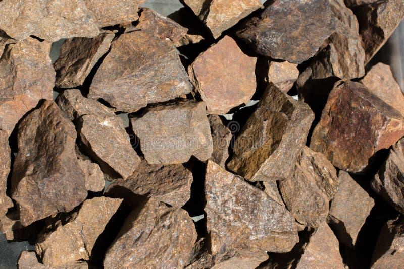 Pietra preziosa di Bronzite come roccia minerale naturale immagine stock libera da diritti