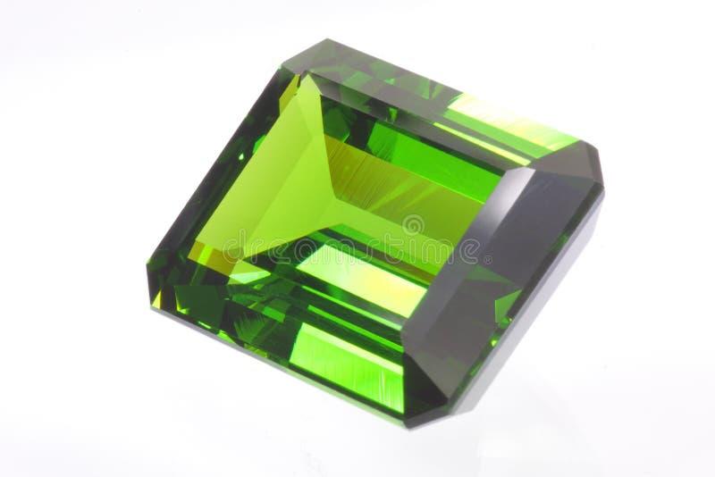 Pietra preziosa verde smeraldo fotografia stock libera da diritti
