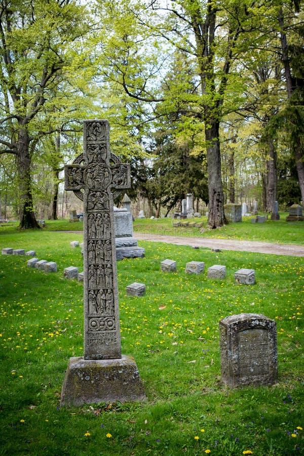 Pietra tombale celtica fotografie stock libere da diritti