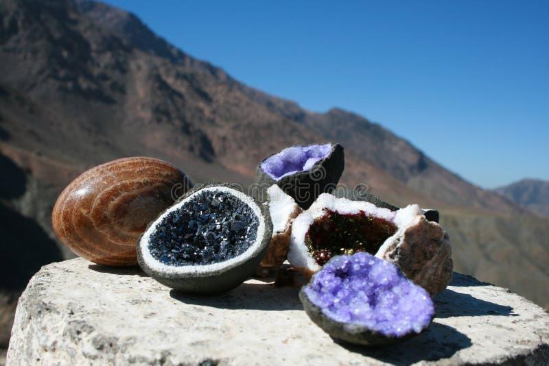 Pietre del quarzo, amethyst nel Marocco fotografie stock