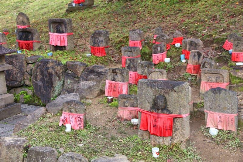 Pietre di bodhisattva di Jizo fotografie stock libere da diritti