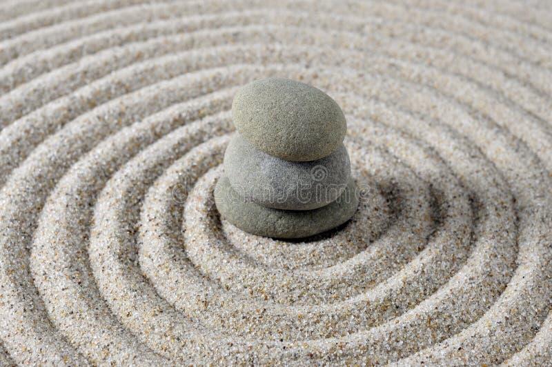 Pietre di zen impilate centro fotografia stock