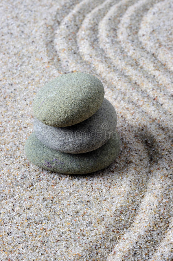 Pietre impilate di zen fotografia stock