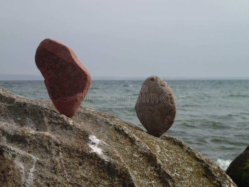 Pietre piastrellate su una roccia fotografia stock libera da diritti
