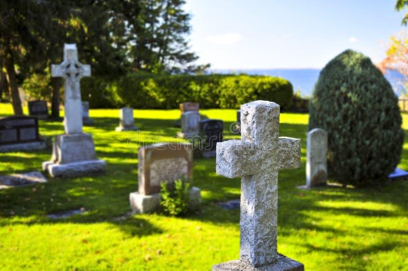 pietre tombali del cimitero fotografia stock libera da diritti