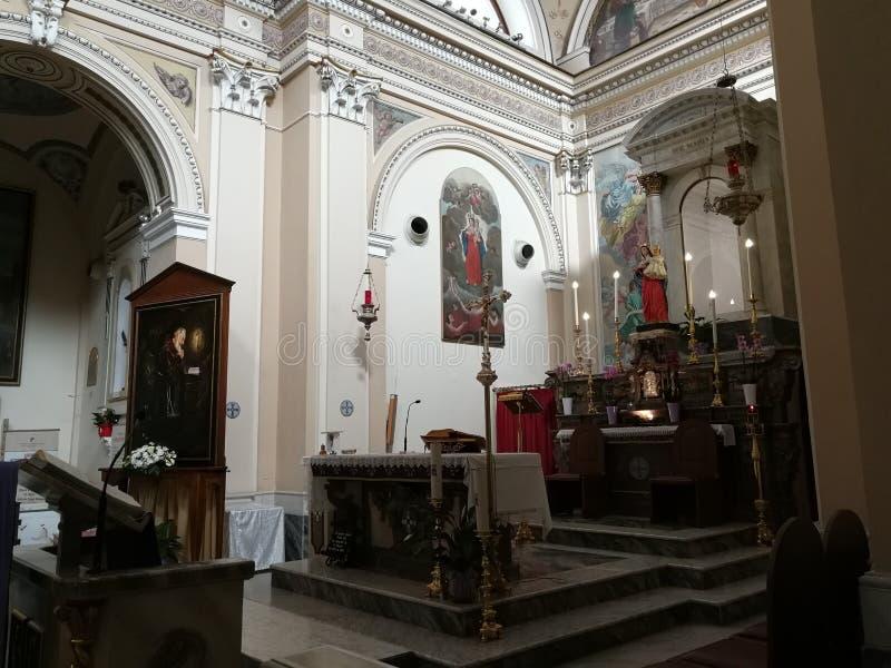 Pietrelcina - ołtarz Diecezjalny sanktuarium fotografia royalty free