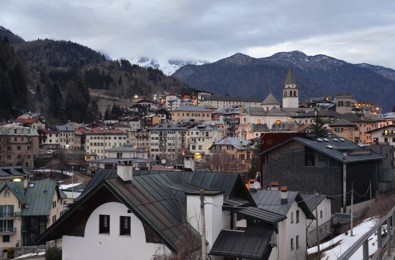 Pieve di Cadore, провинция Беллуно, итальянских доломитов стоковые изображения