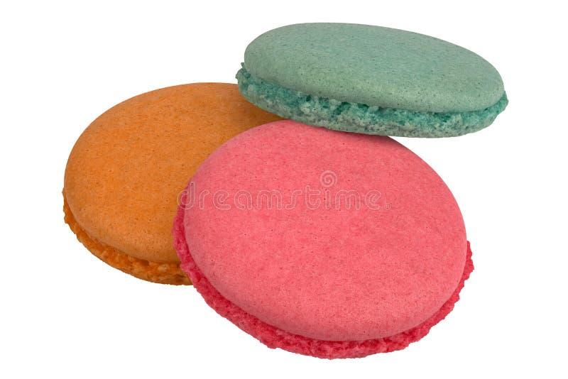 Piezas coloridas de los macarrones imagen de archivo