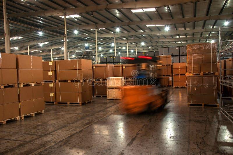 Piezas de automóvil Warehouse de Chongqing Minsheng Logistics Chongqing Branch imagenes de archivo