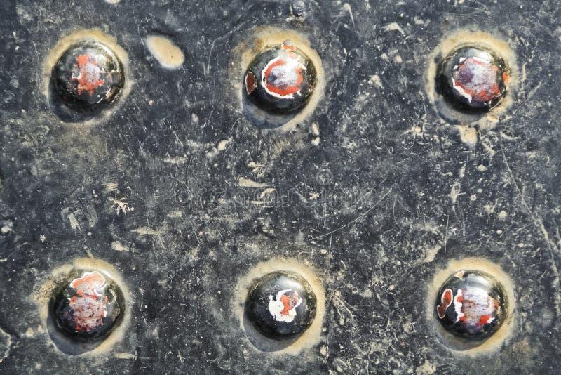 Piggar på järnplattan fotografering för bildbyråer