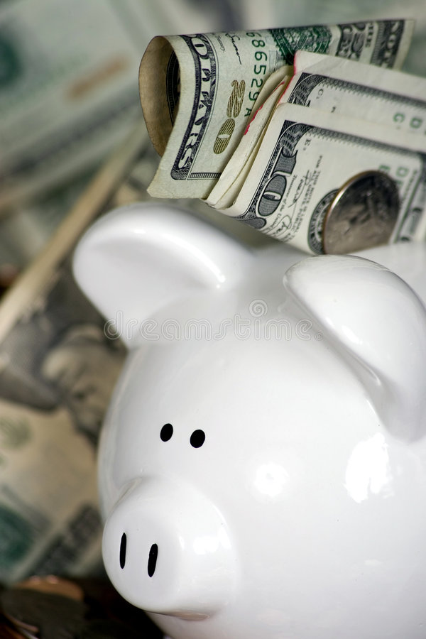 Free Piggy Bank With Money Stock Photography - 1546342