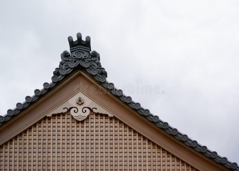 Pignon d'un temple japonais traditionnel image libre de droits