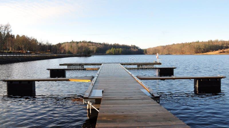 Pijler bij het meer, Zweden, Scandinavië, Europa royalty-vrije stock afbeelding