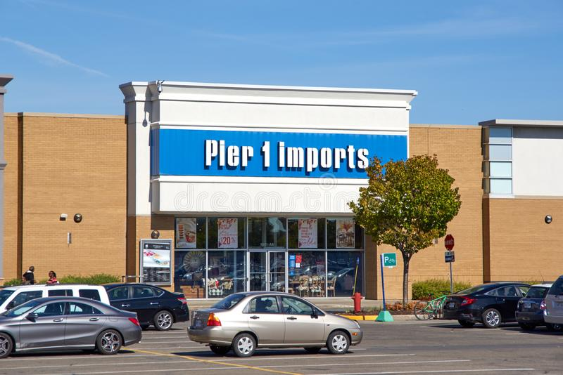 Pijler 1 Imports Inc opslag royalty-vrije stock foto's
