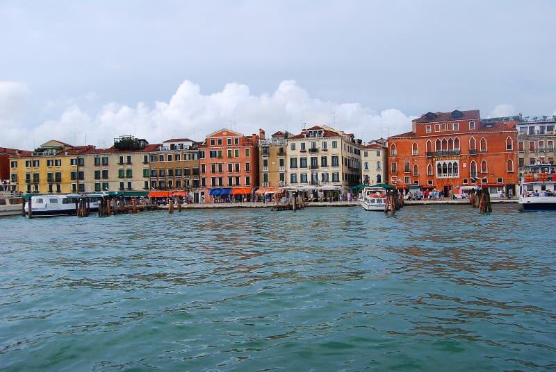 Pijlergondel in Venetië stock afbeelding