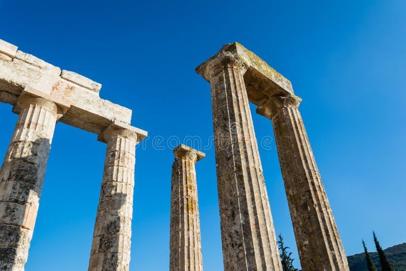 Pijlers van oude Zeus-tempel stock foto's