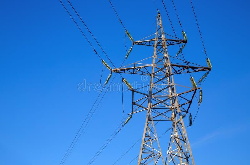 Pilão da transmissão da eletricidade fotos de stock