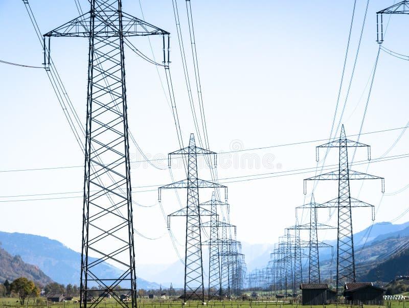 Download Pilão da eletricidade imagem de stock. Imagem de indústria - 29843357