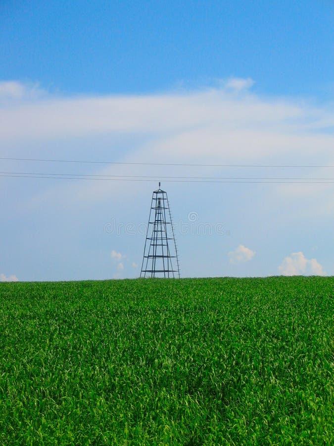 Pilón rural de la electricidad imagen de archivo