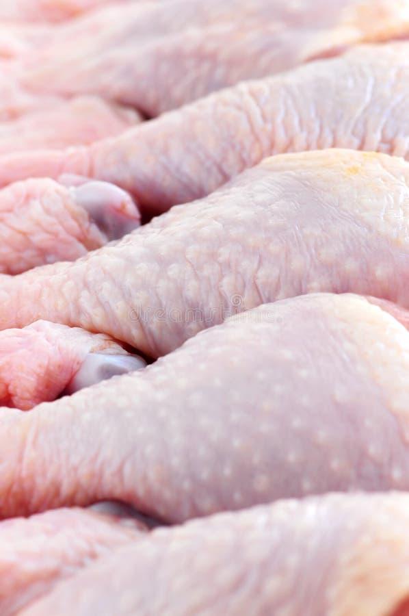 Pilões de galinha crus foto de stock royalty free