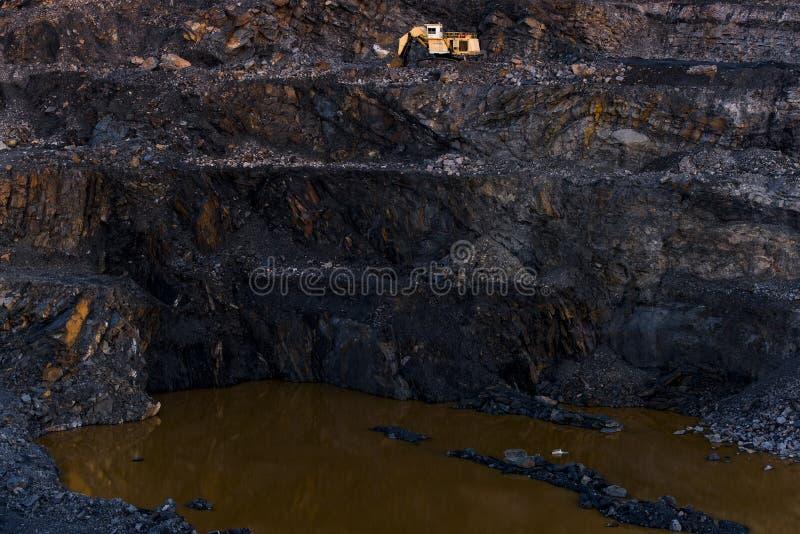 Pila abandonada de la basura del carbón de antracita - Pennsylvania imagen de archivo