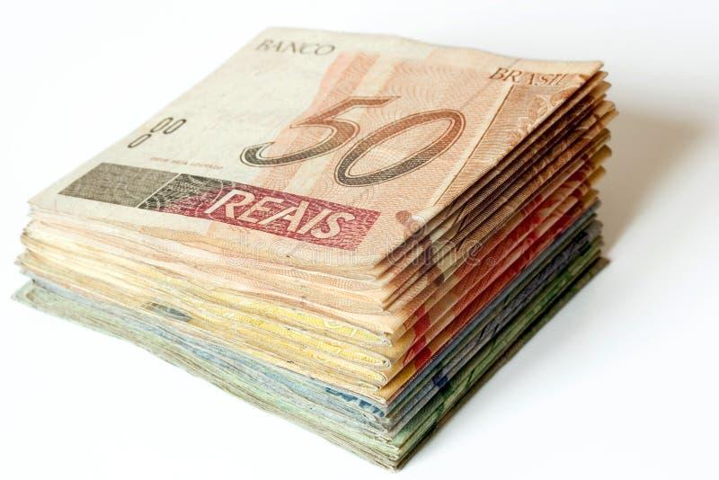 Pila brasileña del dinero fotos de archivo