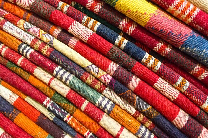 Pila de alfombras persas originales fotos de archivo libres de regalías