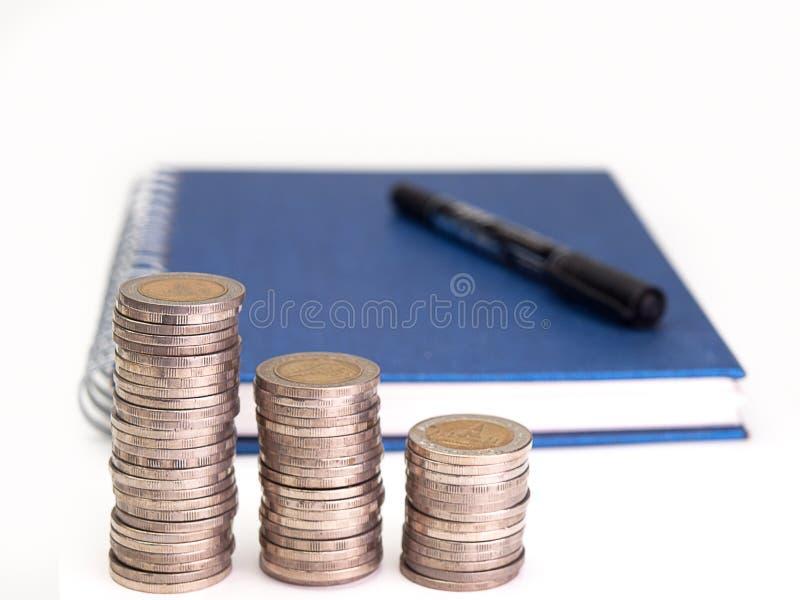 Pila de aumento de las monedas fotografía de archivo