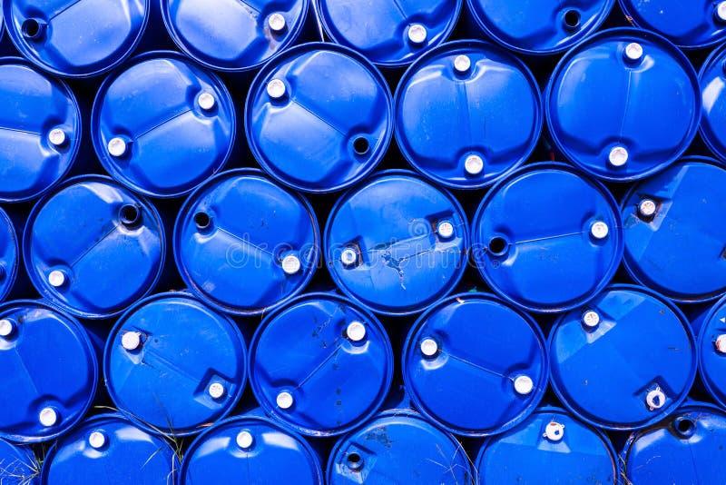 Pila de botellas de agua del galón imagen de archivo