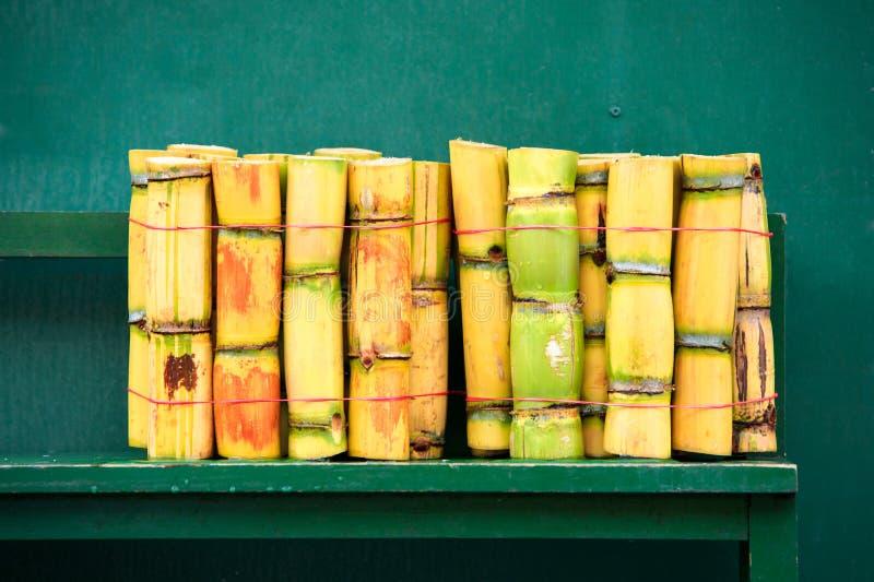 Pila de caña de azúcar fresca del corte fotos de archivo libres de regalías