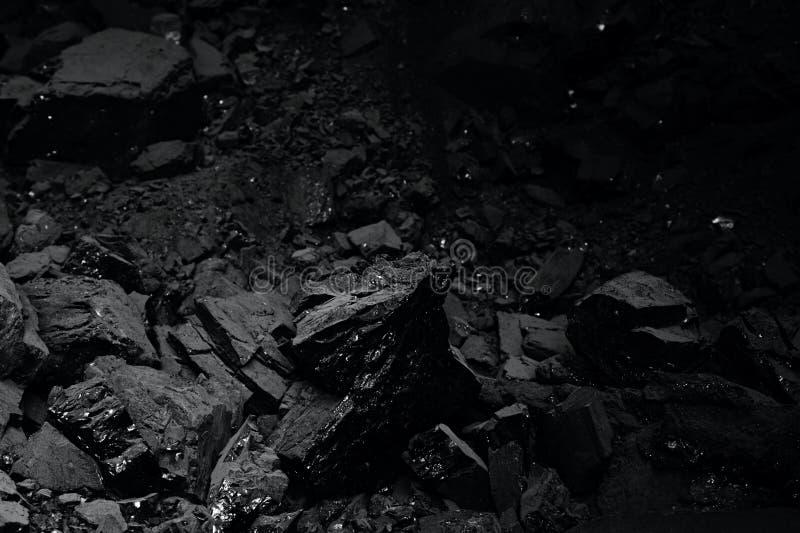 Pila de carbón negro para la textura fotografía de archivo libre de regalías