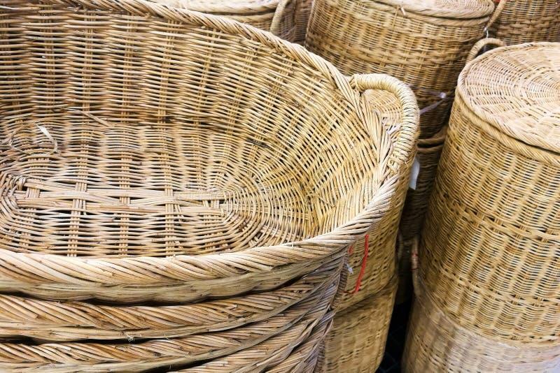 Pila de cesta de mimbre de la rota fotografía de archivo libre de regalías