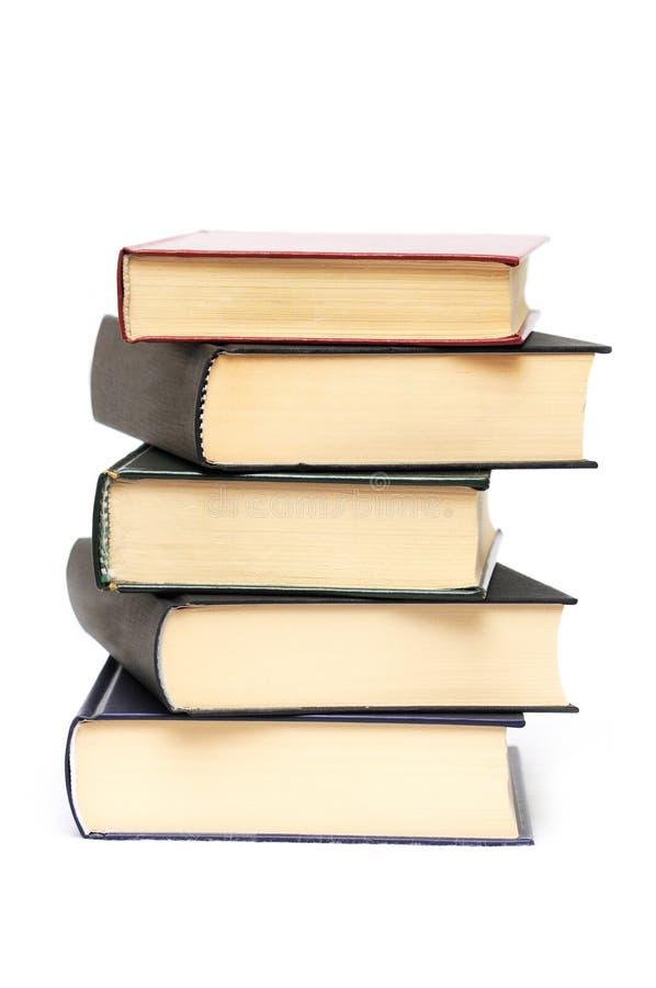 Pila de cinco libros imágenes de archivo libres de regalías