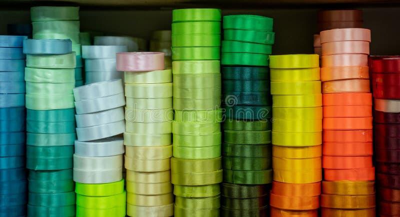 Pila de cinta colorida fotos de archivo libres de regalías