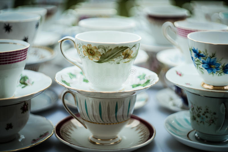 Pila de la taza de té fotografía de archivo libre de regalías