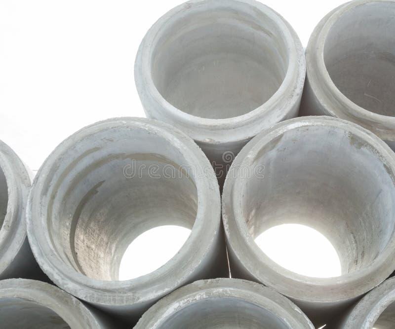 Pila de nuevos tubos concretos imagen de archivo libre de regalías