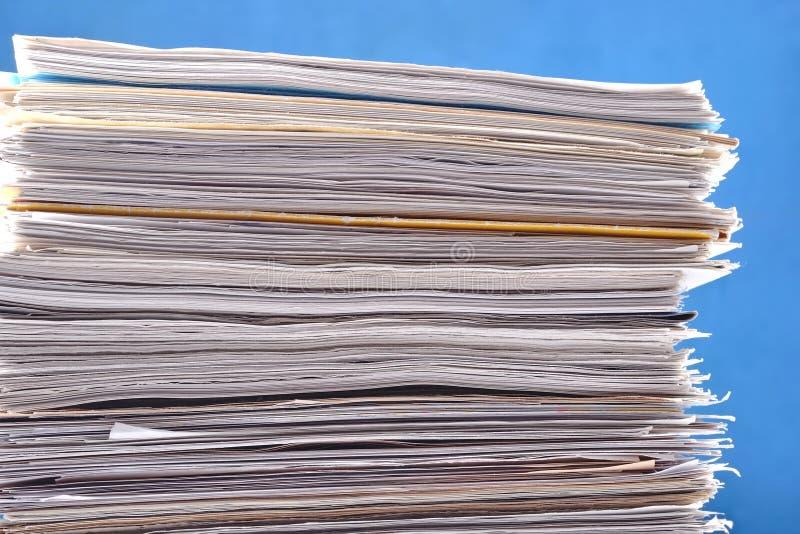 Pila de papeles fotos de archivo