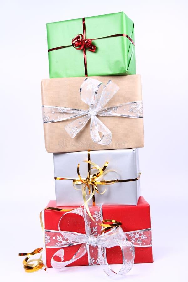 Pila de regalos imágenes de archivo libres de regalías