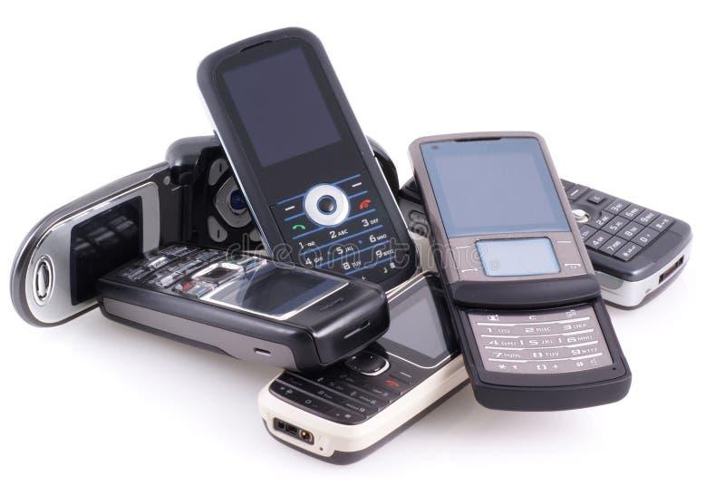Pila de teléfonos móviles. imágenes de archivo libres de regalías