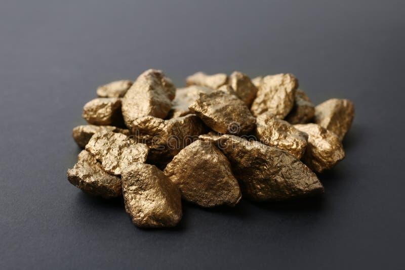Pila de terrones del oro foto de archivo