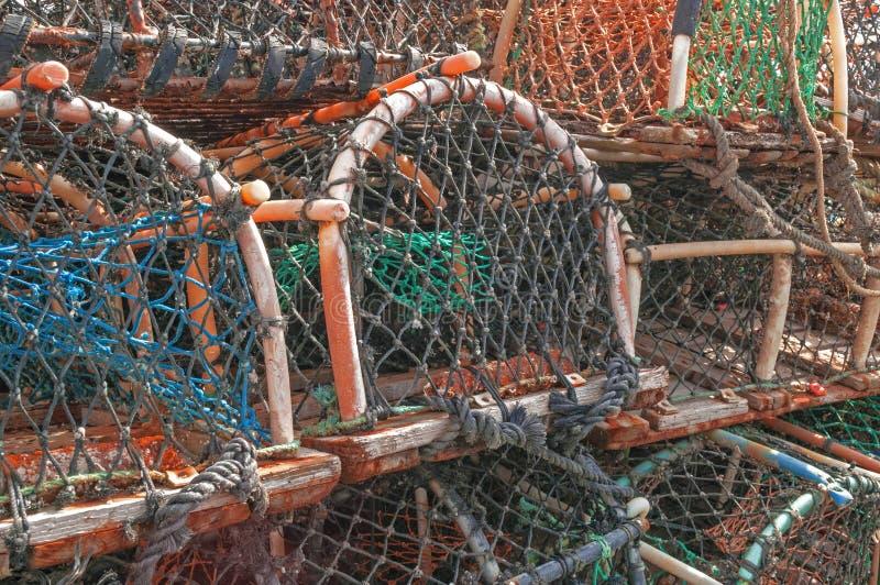 Pila de trampas de los potes de cangrejo de la langosta fotos de archivo