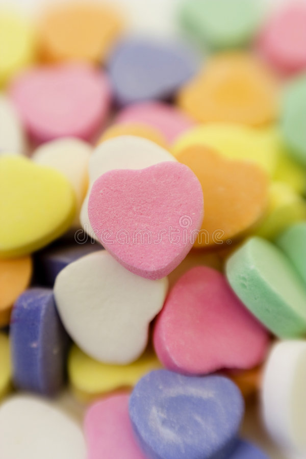 Pila del caramelo de la tarjeta del día de San Valentín imágenes de archivo libres de regalías