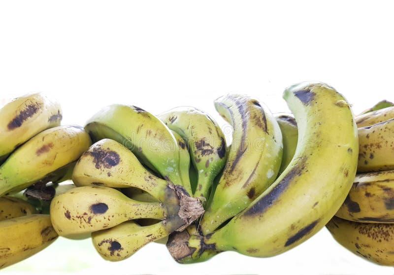 Pila del plátano aislada en el fondo blanco foto de archivo